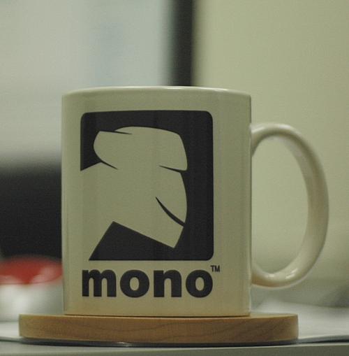 mono_cup